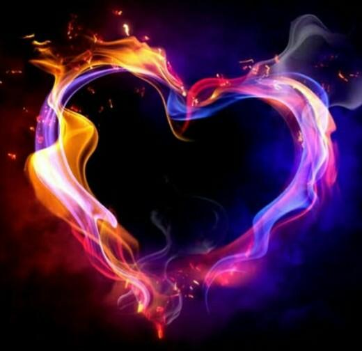 قلب ملون