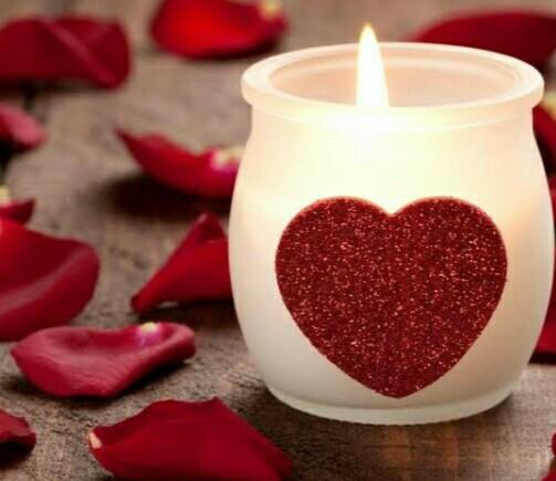 قلب و شمعة