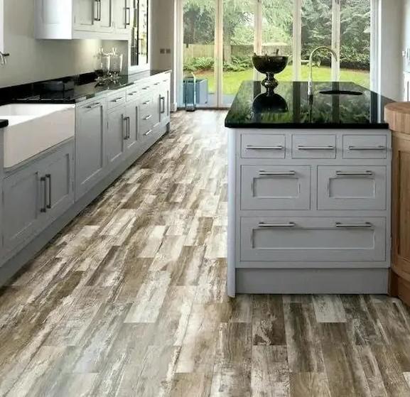 سيراميك مطبخ خشبي